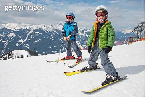 Skiing at Zauchensee ski-region, Austria - gettyimageskorea