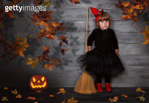Portrait of young girl dressed as a witch - gettyimageskorea