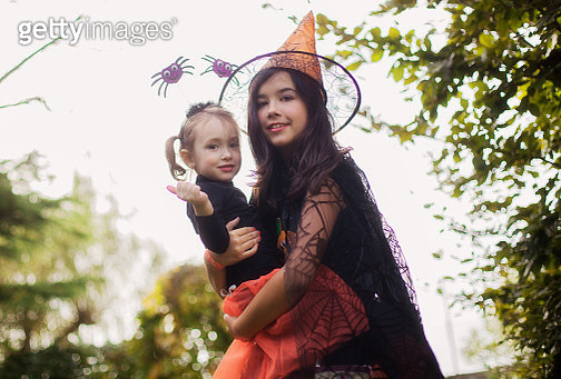 Two witches in halloween - gettyimageskorea