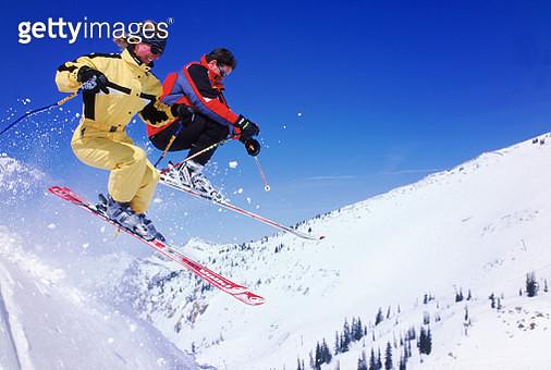 Airborne skiers - gettyimageskorea