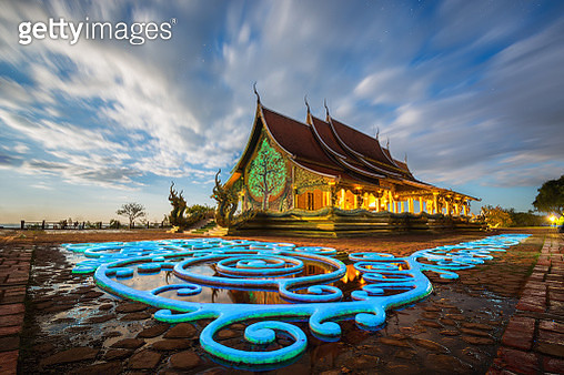 Temple Glow in the dark (Thailand) - gettyimageskorea