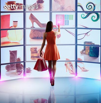 Caucasian woman shopping online - gettyimageskorea
