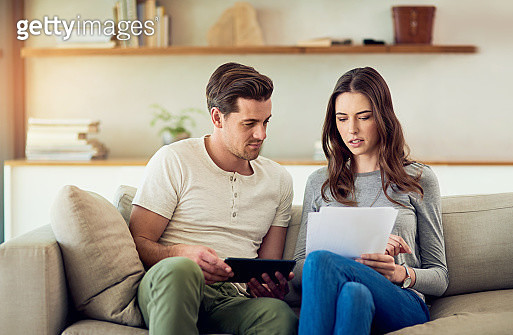 Getting a good grasp on their home finances - gettyimageskorea