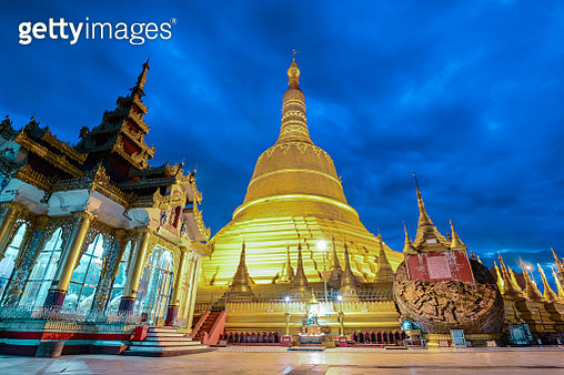 Shwemawdaw paya the most famous pagoda in bago , myanmar - gettyimageskorea