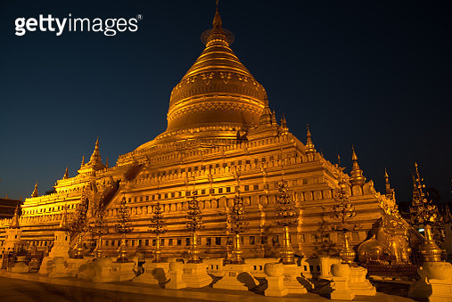 Shwezigon Pagoda at night, Old Bagan, Mandalay, Myanmar - gettyimageskorea