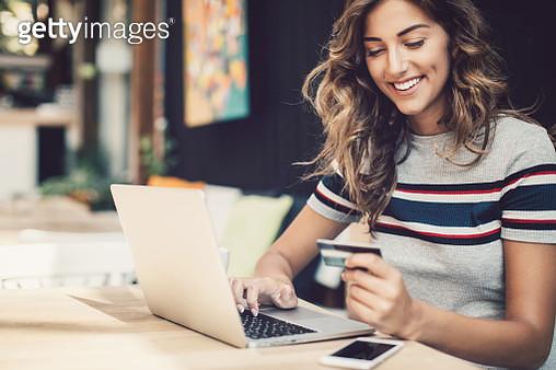 E-commerce - gettyimageskorea