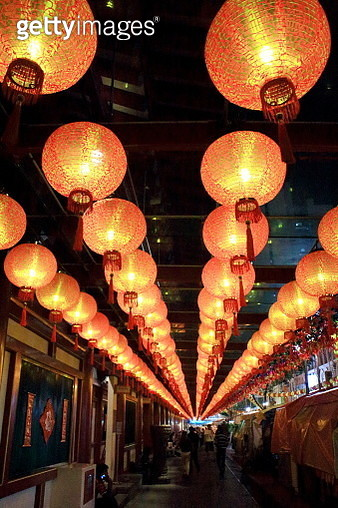 Lotus Lamps In Buddha Tooth Relic Temple,Singapore - gettyimageskorea