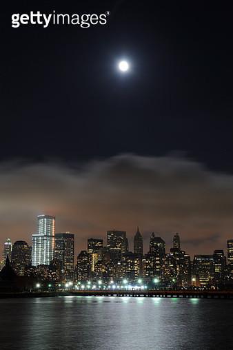 Moon over Manhattan of New York - gettyimageskorea