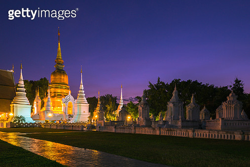 Wat Suan Dok in twilight time, Chiang Mai province. - gettyimageskorea