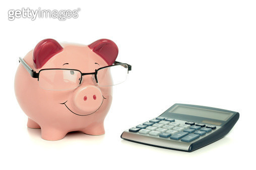 Clever piggy bank - gettyimageskorea
