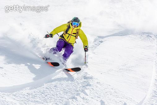 Male skier in snow - gettyimageskorea