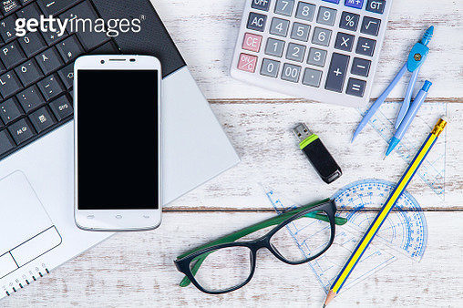 Directly Above Shot Of Usb Stick With Eyeglasses And Stationary On White Table - gettyimageskorea