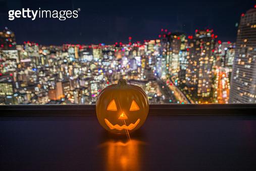 Jack O'lantern with Tokyo light bokeh - gettyimageskorea