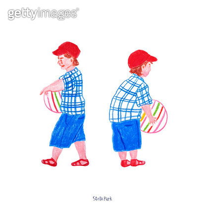 귀여운 꼬마, 공놀이 - gettyimageskorea
