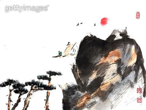 제목 : 연하장-새 (2008년)<br/>소재 : 한지 수묵 채색<br/>작품사이즈 : 34x24(㎝)<br/>작품 설명 : 초대작가 순수미술 그림 미술작품 미술이미지 한국화 수채화 문인화 해 연하장 새 소나무 - gettyimageskorea