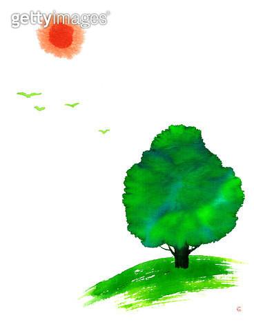 제목 : 나무,새,해 (2015년)<br/>소재 : 먹,물감<br/>작품사이즈 :  36.35X46㎝(㎝)<br/>작품 설명 : 초록나무, 해, 새, 희망, 먹그림 - gettyimageskorea