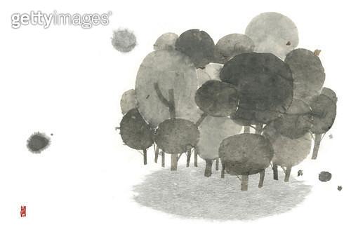 제목 : 나무숲 (2014년)<br/>소재 : 먹, 화선지<br/>작품사이즈 : 43cmx30cm(㎝)<br/>작품 설명 : 먹그림,나무,숲 - gettyimageskorea