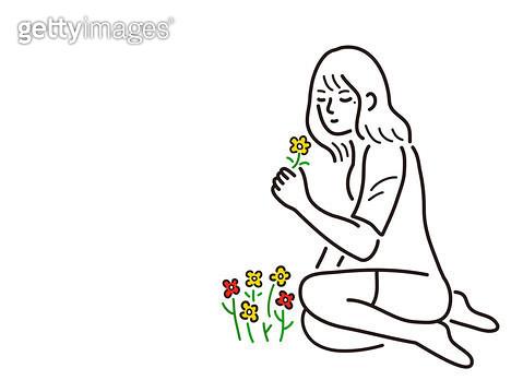 꽃향기를 맡는 사람 - gettyimageskorea