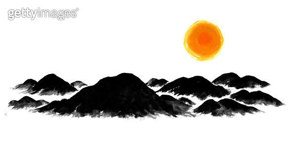제목 : 산맥, 일출, 해 (2015년)<br/>소재 : 먹,물감,주묵<br/>작품사이즈 :  97X48㎝(㎝)<br/>작품 설명 : 산맥,검은산,태양,일출,새해,먹그림 - gettyimageskorea