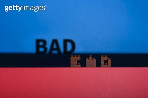 장난감 블럭으로 만든 글자 - BAD - gettyimageskorea