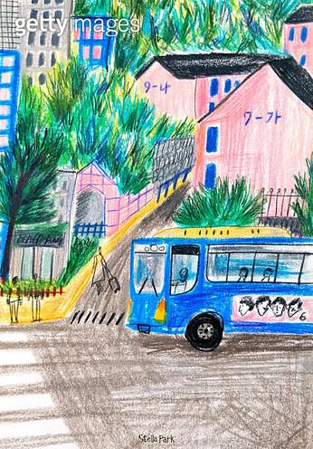 버스와 도로 - gettyimageskorea