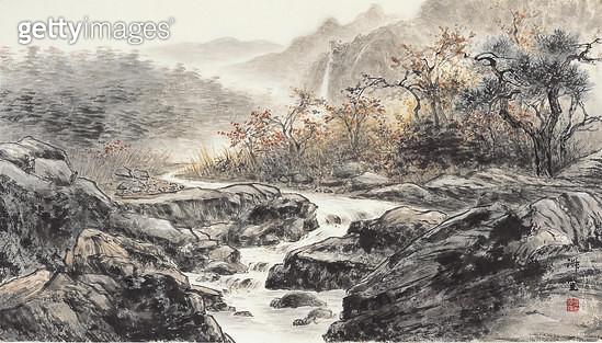 제목 : 계곡의 숨소리 (2013년)<br/>소재 : 한지 수묵담채<br/>작품사이즈 : 98x55(㎝)<br/>작품 설명 : 원로중진 한국화 풍경화 산수화 수묵담채화 풍경 강 산 나무  - gettyimageskorea