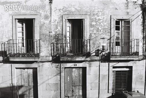 스페인,카미노,콤포스텔라,걷기,필름,여행,배낭여행,건물,벽,무늬,질감,창문 - gettyimageskorea