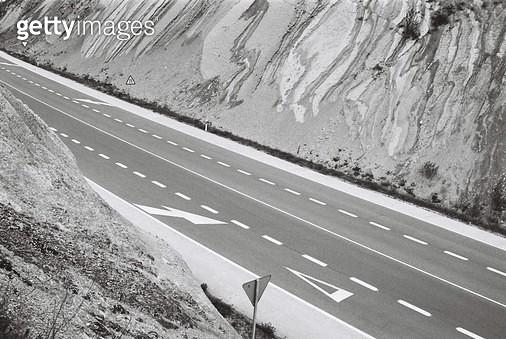 스페인,카미노,콤포스텔라,걷기,필름,여행,배낭여행,자연,풍경,도로,표지판,암석 - gettyimageskorea
