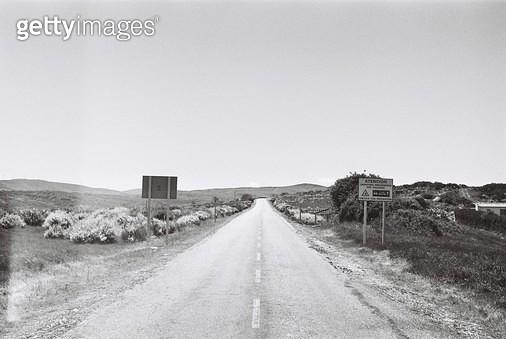 스페인,카미노,콤포스텔라,걷기,필름,여행,배낭여행,자연,풍경,도로,표지판 - gettyimageskorea