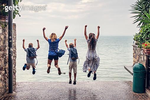 Mother and kids enjoying Lake Garda vacations - gettyimageskorea
