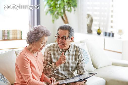 할아버지 할머니 노후생활 - gettyimageskorea