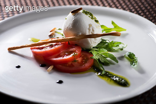 Mozzarella salad with tomatoes and balsamic vinegar - gettyimageskorea