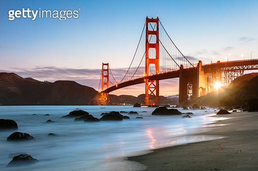 Dawn at the Golden gate bridge, San Francisco, USA - gettyimageskorea