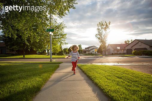 Little Girl Running - gettyimageskorea