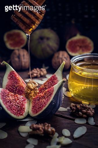 Dripping Honey - gettyimageskorea