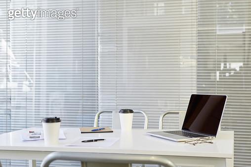 사무실의 회의 테이블 - gettyimageskorea