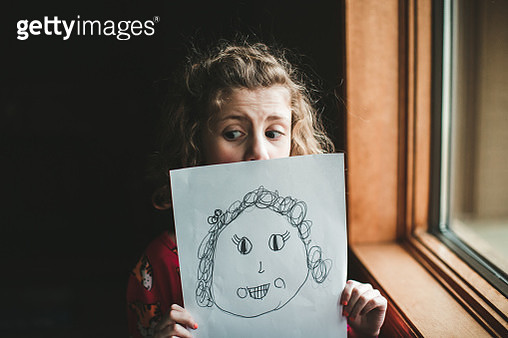 Little girl and a self portrait - gettyimageskorea