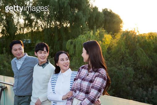 가족여행, 만끽하는 가족의 모습 - gettyimageskorea