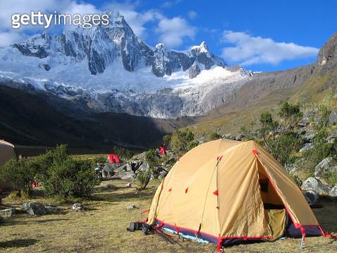 Campsite on Santa Cruz Trek, Cordillera Blanca, Pe - gettyimageskorea
