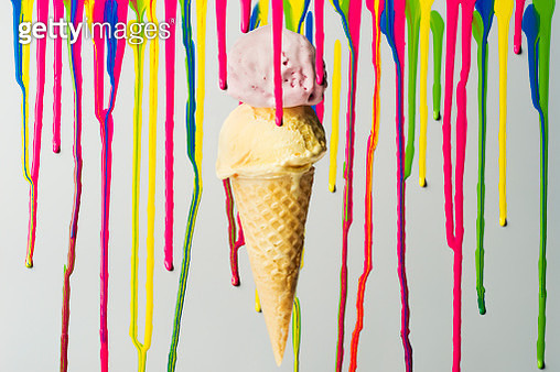 Ink dripping with ice cream - gettyimageskorea