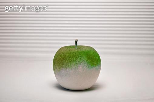chalk apple (sculpture) - gettyimageskorea