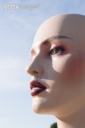 Lady mannequin face - gettyimageskorea