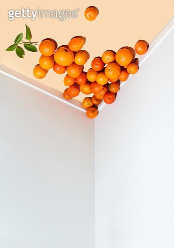 oranges on ceiling - gettyimageskorea