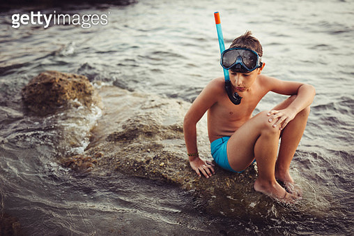 Resting from diving - gettyimageskorea