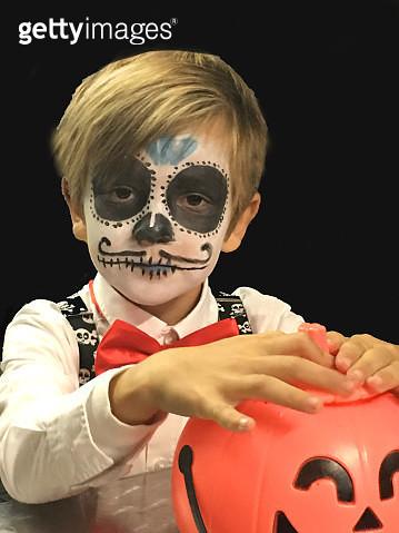 Halloween boy - gettyimageskorea