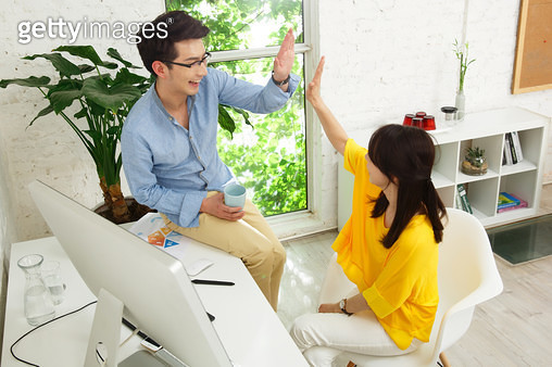 Young men and women in the office five - gettyimageskorea