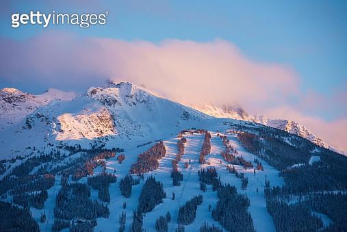 Winter scenery in Whistler, Canada - gettyimageskorea