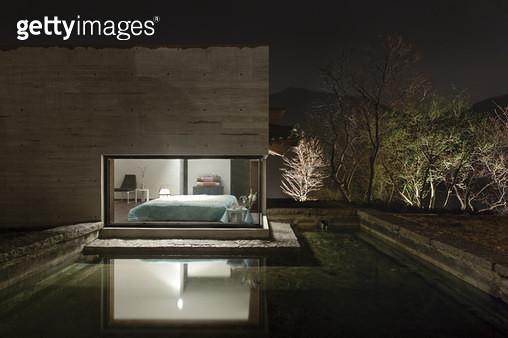 실외에서 보이는 침실,모던 주택,건축 - gettyimageskorea