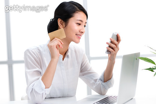 Women see mobile phone business - gettyimageskorea