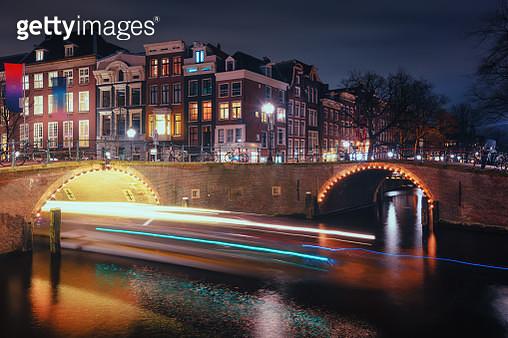 Old Bridges Across The Canals Herengracht - gettyimageskorea